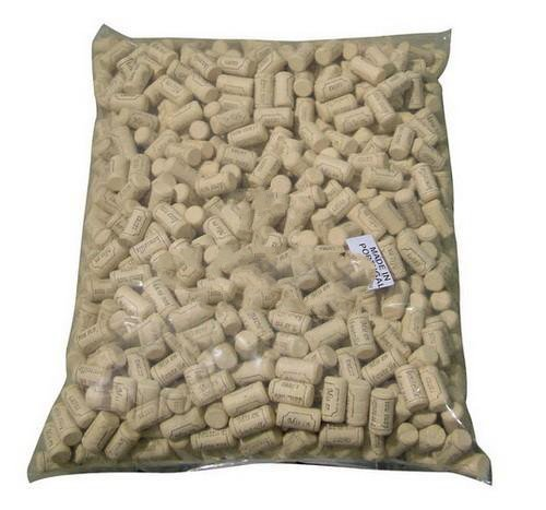 #8 Short Straight corks 7/8'' x 1 1/2'' (22x38mm) Bag of 1000