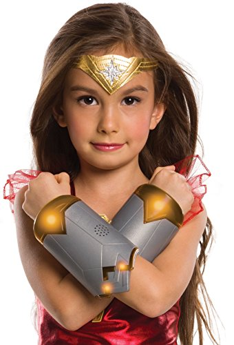 Wonder Woman Costume Makeup (Rubies Wonder Woman Light Up Gauntlets Costume)