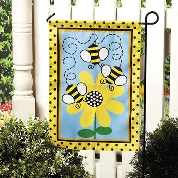 Bee Garden Flag   Party Decorations U0026 Yard Decor