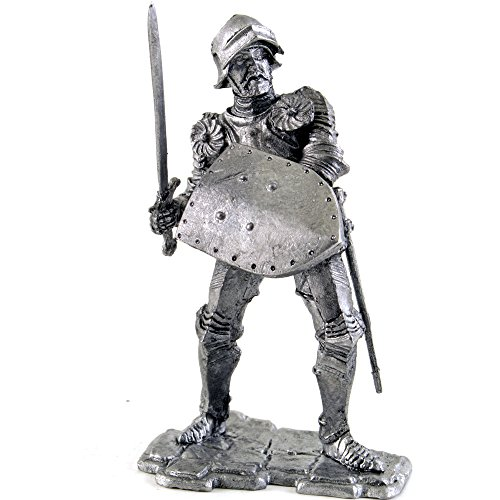 English Knight, 13th Century, Metal Sculpture. Collection 54mm (Scale 1/32) Miniature Figurine. Tin Toy Soldiers