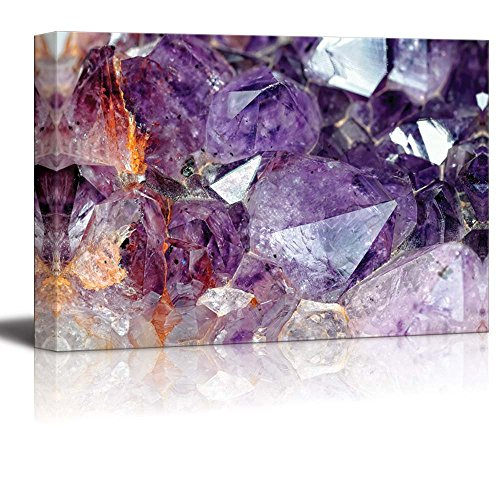 Close Up View to Raw Amethyst Crystals Wall Decor ation