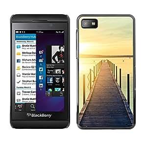 Caucho caso de Shell duro de la cubierta de accesorios de protección BY RAYDREAMMM - Blackberry Z10 - Jetty Dock Beach Sunset Lake