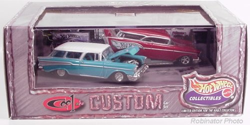Hot Wheels '57 Nomad Cool & Custom 1:64 Scale Set ()