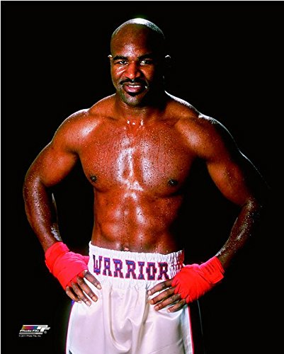 (Evander Holyfield Boxing Posed Photo (Size: 11