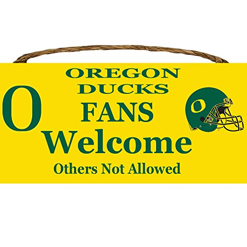 LA Auto Gear Oregon Ducks College University NCAA Team Logo Garage Home Office Room Wood Sign with Hanging Rope - Fans Welcome Others Not Allowed ()