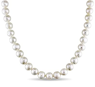 f826759e0 White Freshwater Cultured A Quality Pearl Necklace (7-8 mm), on Sterling  Silver Clasp.: Amazon.ca: Jewelry