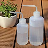 Mkono 2 Pack Plant Flower Succulent Watering Bottle Plastic Bend Mouth Watering Cans Squeeze Bottle-250ML and 500ML