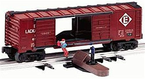 LIONEL TRAINS JUMPING HOBO OPERATING BOXCAR 26787