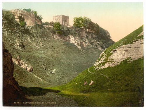 1890s photo Peveril Castle, Castleton, Derbyshire, England. vintage ()