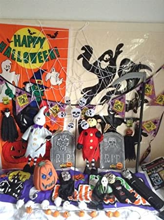 Mix Of Halloween Items Joblot Props Decorations Amazon Co