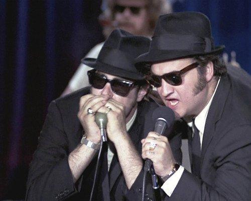 Dan Aykroyd and John Belushi in The Blues Brothers singing playing harmonica 16x20 Poster ()
