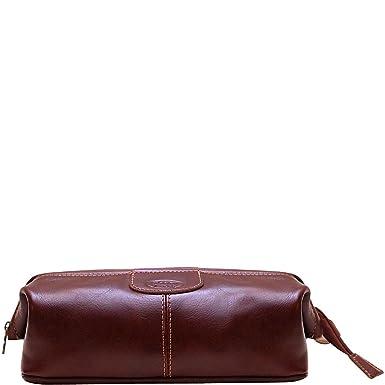 81e865ea6732 Amazon.com  Floto Venezia Leather Toiletry Kit (Vecchio Brown)  Clothing