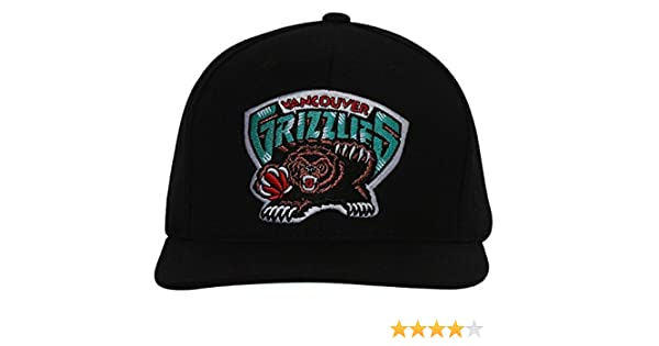Amazon.com: Vancouver Grizzlies Mitchell & Ness Logo Snapback Cap Hat AB: Clothing