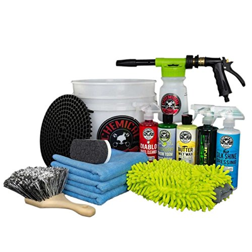 Chemical Guys 13-Piece Car Wash Bucket with TORQ Foam Blaster