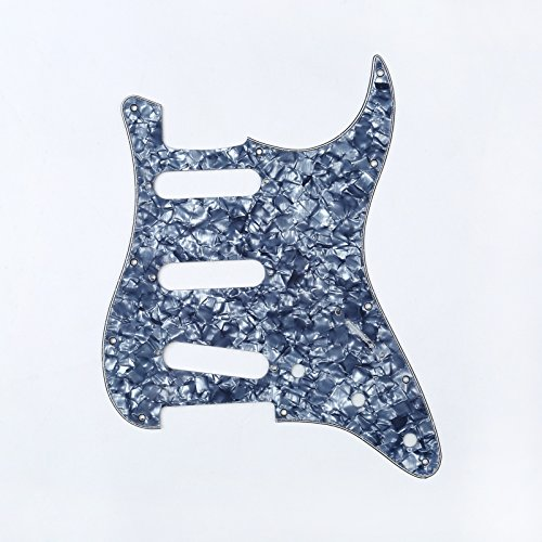 Musiclily SSS 11 Holes Strat Electric Guitar Pickguard for Fender US/Mexico Made Standard Stratocaster Modern Style Guitar Parts,4ply Pearl Grey