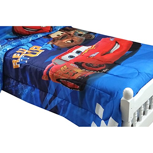 disney cars twin full bed comforter lightning mcqueen city limits bedding by jay franco. Black Bedroom Furniture Sets. Home Design Ideas