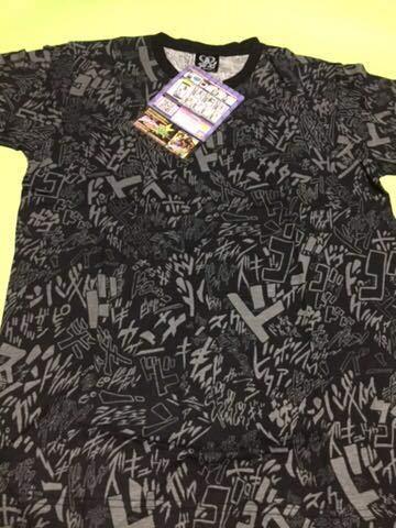 ジョジョの奇妙な冒険 擬音総柄Tシャツ グレー M サイズバンダイ 送料全国無料の商品画像