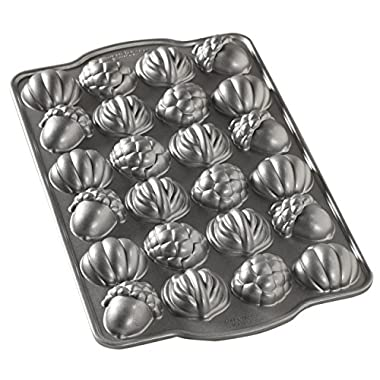 Nordic Ware 84348 Autumn Cakelet Pan