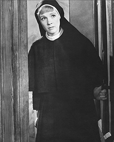 Julie Andrews In The Sound Of Music 16X20 Canvas Giclee In Nun'S Outfit