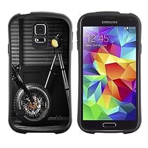 All-Round híbrido de goma duro caso cubierta protectora Accesorio Generación-I BY RAYDREAMMM - Samsung Galaxy S5 SM-G900 - Motorbike Wheel Black Design Lamp Garage