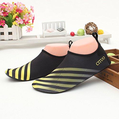 Senfi Jongens Meisjes Water Schoenen Mutifunctional Barefoot Sneldrogende Aqua Schoenen Voor Strand Zwembad Eercise (peuter / Klein Kind / Big Kid) S.yellow