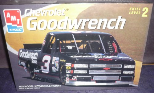 #8243 AMT/Ertl Mike Skinner #3 Goodwrench Chevrolet Nascar Truck 1/25 Scale Plastic Model Kit,Needs ()
