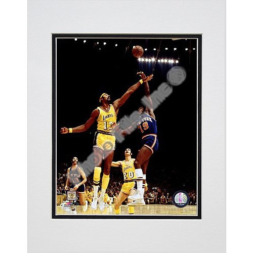 Photo Photo File - Photo File New York Knicks Willis Reed 1973 Matted Photo