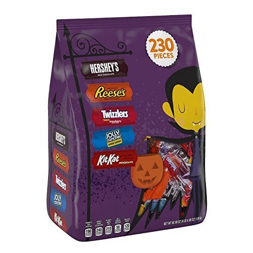 Hershey's Halloween Snack Assortment Bag, 230-Count Bag by Hershey's -