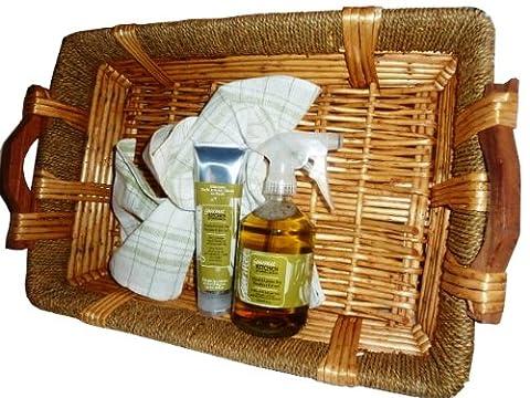 Channel Kitchen Gift Basket Set, Wasabi Green Tea in Wicker Basket, 18 by 12-Inch - Chanel Green