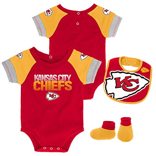 Outerstuff NFL NFL Kansas City Chiefs Newborn & Infant 50 Yard Dash Bodysuit, Bib & Bootie Set Red, 18 Months ()