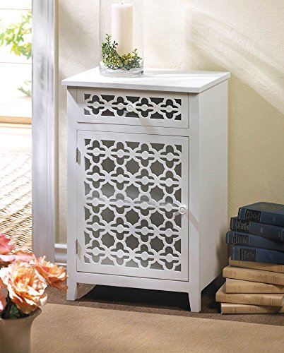 VERDUGO GIFT Meadow Lane Cabinet