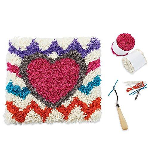 Heart Latch Hook Kit (NESTED HEARTS LATCH HOOK KIT)