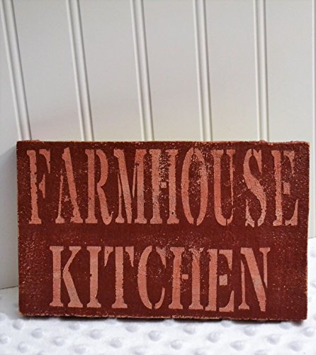 wooden-farmhouse-style-kitchen-sign