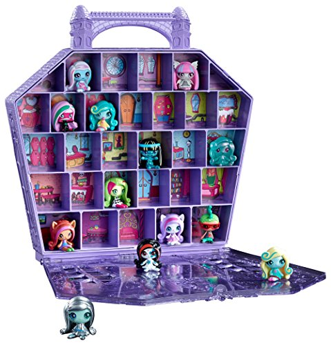 Monster High Minis Collector's Case]()