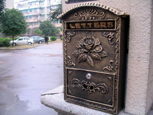 Victorian Style Wall Mounted Cast Iron Mailboxes Weight 12lb (Antique Bronze Blossoming)