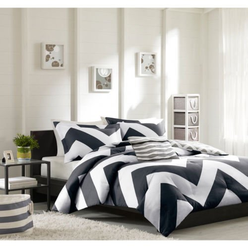 Modern Black Pink White Chevron Comforter Bedding Set with Shams and a Scented Candle Tarts (twin/twin xl-black) (Black Striped Candle)