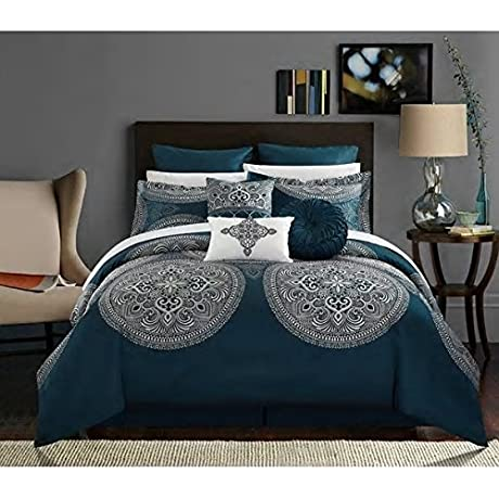 Traditional Vintage Style Teal Blue Queen 13 Piece Bed In Bag With Sheet Set Beautiful Reversible Soft Warm Rich Design Gorgeous Colors Comfortable Attractive Bedroom Decor Luxurious Addition Bedding