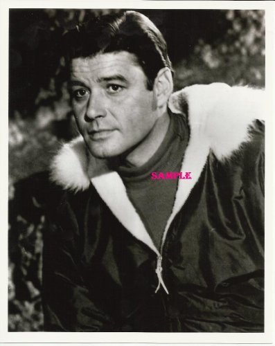 Guy Williams Lost In Space Close Up Jacket with Fur collar Photo...