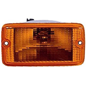Partslink Number CH2520141 OE Replacement Jeep Wrangler//Sahara Driver Side Parklight Assembly