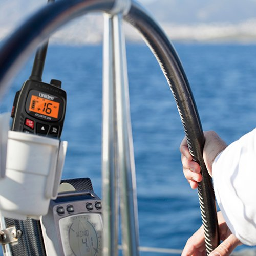 Uniden Atlantis 270 Handheld Floating 2-Way 6W VHF Marine Radio - Black