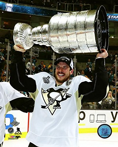 NHL Sidney Crosby Pittsburgh Penguins 2016 Stanley Cup Trophy Photo  (8 quot  ... d46debf16