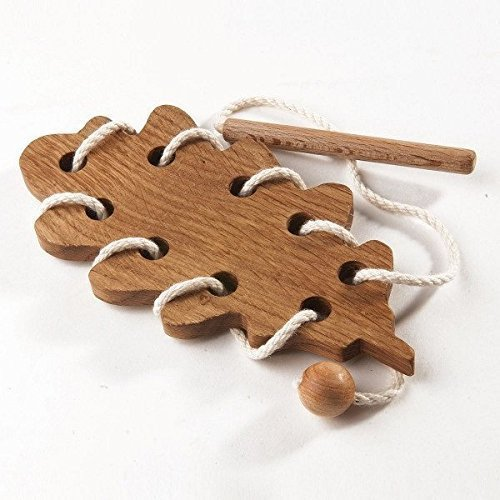 Oak leaf. Wooden Lacing Toy. Learning toy. Threading set. Fine Motor skills. Toy. Educational Wooden Toy. Montessori Toys.