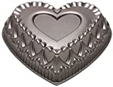 Wilton Dimensions Cast-Aluminum Nonstick Crown of Hearts Pan