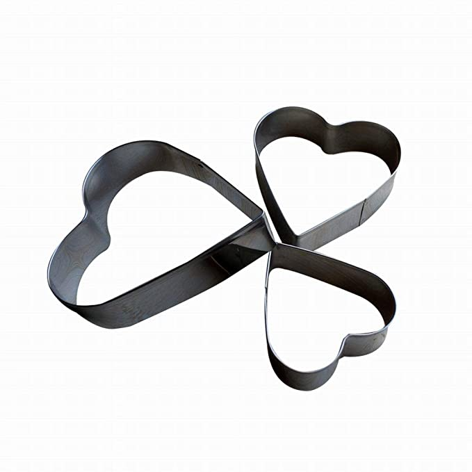 Amazon.com: 3-piece suction card heart. Stainless steel baking tool. Cookie stamp: Kitchen & Dining