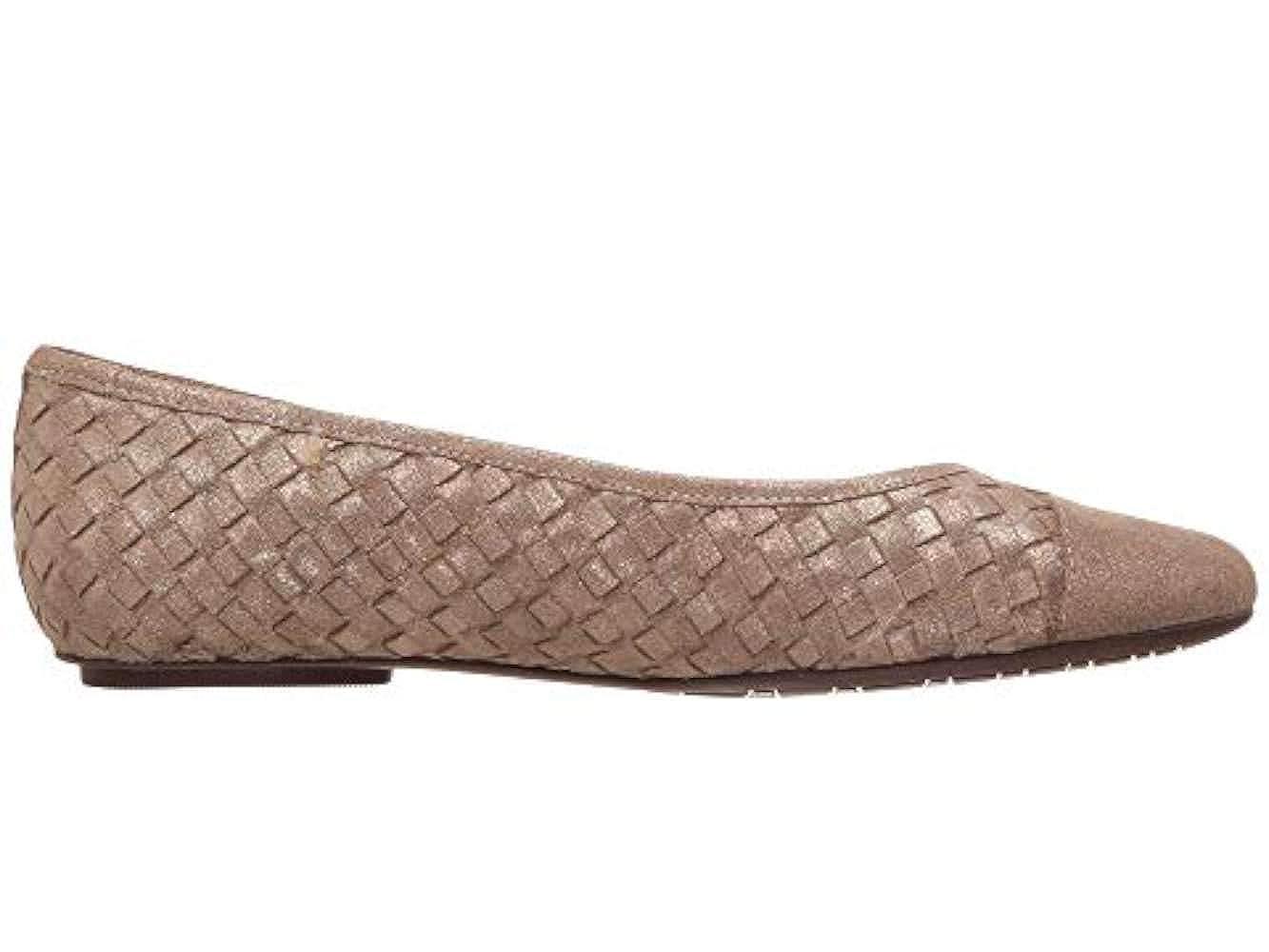 Vaneli Womens Shera Closed Toe Ballet Flats