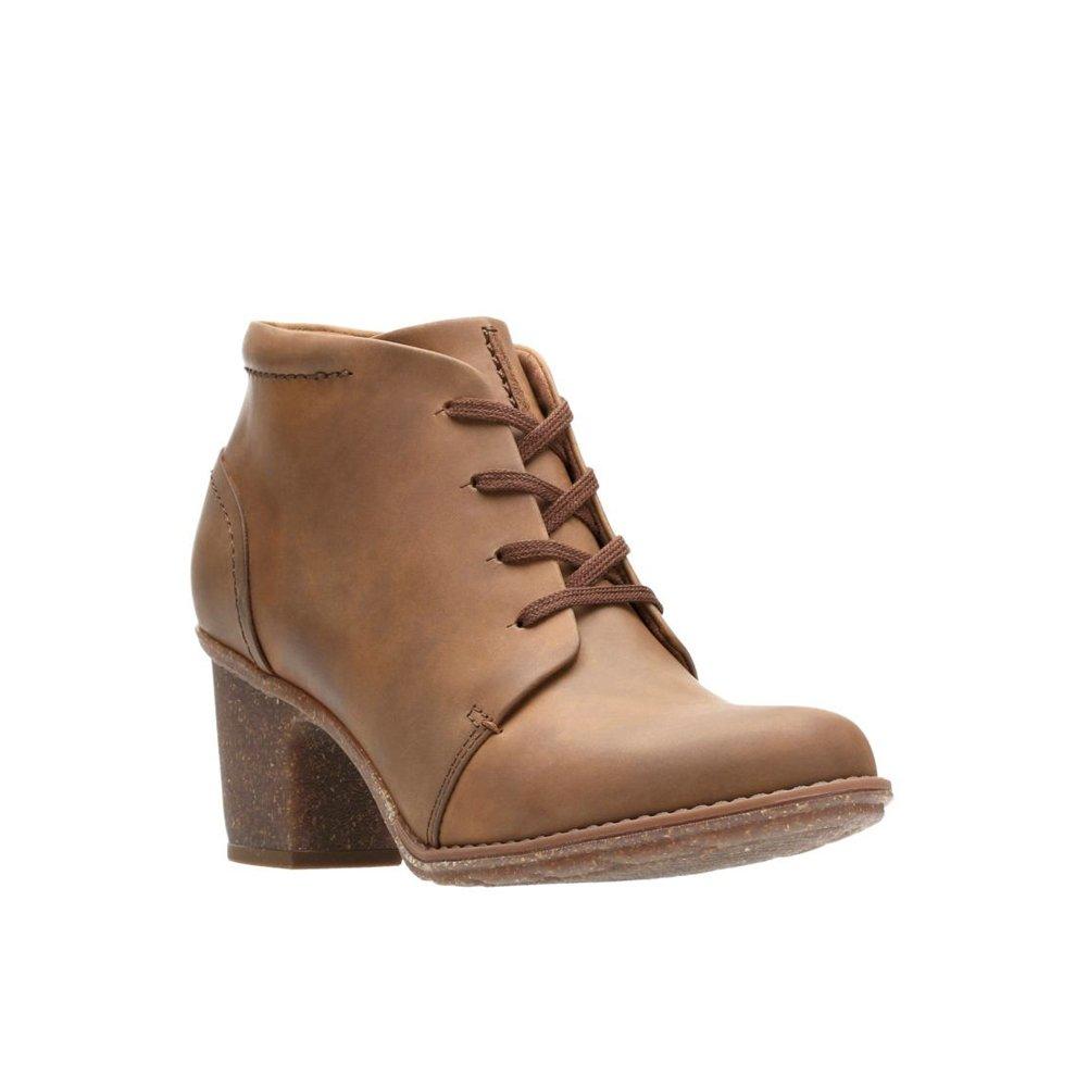 CLARK'S Women's Sashlin Sue Ankle Bootie, Tan Oily, 8 M US
