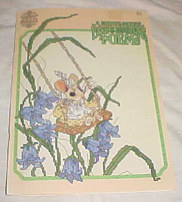 A Merry Mouse Book of Favorite Poems MM-3 (Counted Thread Cross Stitch, MM-3) ()