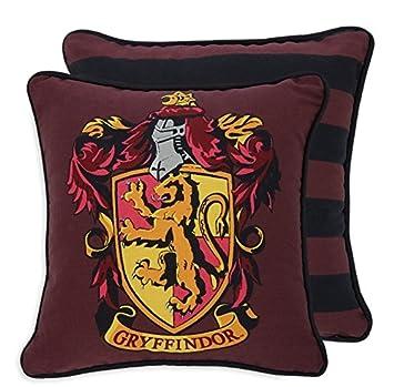 Coussins d int eacute rieur motifs Harry Potter - Poudlard, Serpentard,  Gryffondor, 7a1906e4f624