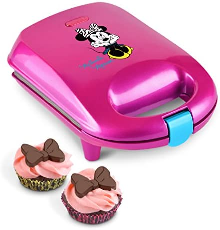 disney-dmg-7-minnie-mouse-cupcake