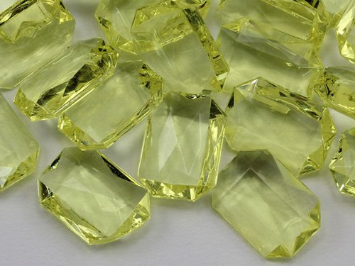 Jewels Octagon (25x18mm Yellow CH23 Octagon Pirate Treasure Jewels For Games and Parties - 40 Pieces)